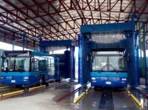 Commercial Automatic Bus and Truck Wash Machine pictures & photos