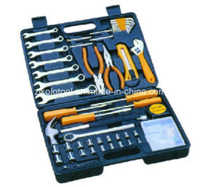 110PC Car Repair Tool Set with Spanner pictures & photos
