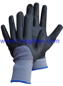 15gauge Nylon/Spandex Liner, Nitrile Coating, 3/4, Micro-Foam Safety Gloves pictures & photos