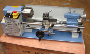DIY0714 Mini Hobby Lathe Machine for Metal Cutting pictures & photos