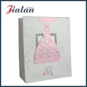 3D Customize Logo Printed Good Quality Wedding Paper Bag pictures & photos