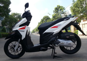 125cc-150cc Gasoline Scooter Gas Scooter for Asia Market pictures & photos