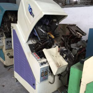 Used Tai Wan Yi Hong Shoe Making Toe Lasting Machine 8682b pictures & photos