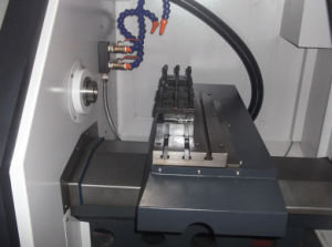 CNC Lathe Machine Siemens with Hiwin Linear Guideway pictures & photos