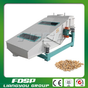 China Best Supply Wood Pellet Vibrating Screener Machine for Sale pictures & photos