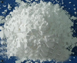 Calcium Chloride Flakes 74-77% (Snow-melting Agent) pictures & photos