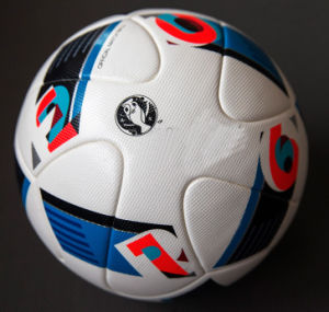 2016hot Wholesale Top PU Soccer Ball Football pictures & photos