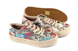 Good Quality and Fashion Style Sneakers Canvas Shoes for Women pictures & photos