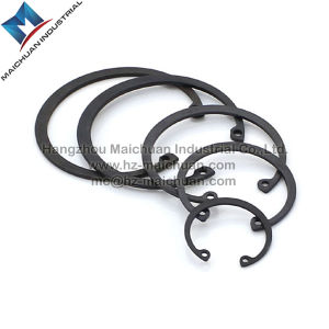 DIN472 Carbon Steel Retainer Ring for Bore China Factory pictures & photos
