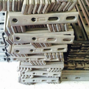 Hot Selling Steel Railway Crane Rail Qu70 for Industry pictures & photos
