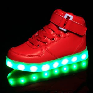 Women High Top Light up Shoes with Colorful Light pictures & photos
