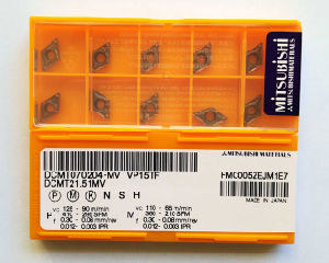 Mitsubishi Brand Dcmt070204 Carbide Inserts pictures & photos