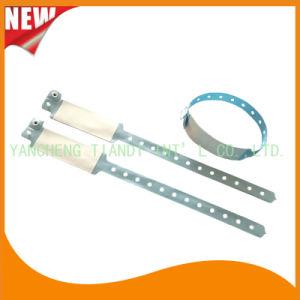 Custom Entertainment Vinyl Plastic ID Wristband Bracelet Bands (E6060B29) pictures & photos