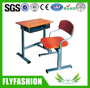 Colour Single School Student Classroom Desk with Chair Sf-75s pictures & photos