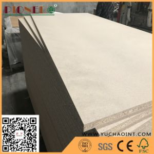 Waterproof Plain Chipboard/ Flakeboard/ Raw Particle Board pictures & photos