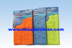 Big Plaid Design Microfiber Towel Cloths for Sale Made in Ningbo (CN3602-2) pictures & photos