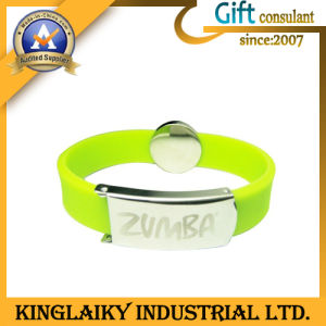Fashionable Silicon Wrist Band with Custom Logo (KW-004) pictures & photos