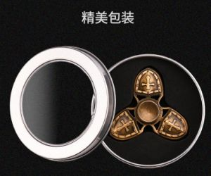 2017 Factory Crusader Spinner Fidget Hand Spinner Toy Fidget Spinner pictures & photos