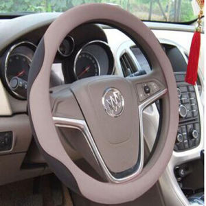 Bt 7227the Latest Sheep Leather Steering Wheel Covers pictures & photos