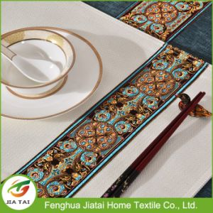 Custom Polyester Hand Embroidery Flower Design Table Cloth pictures & photos
