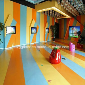 Top Quality Waterproof Low Price Commercial PVC Vinyl Laminate Flooring pictures & photos