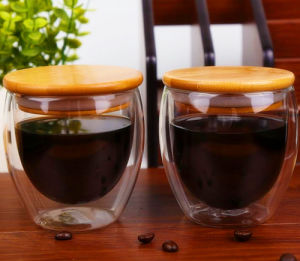 LFGB, FDA, SGS Double Wall Coffee Cup Glass Cup with Bamboo Lid pictures & photos
