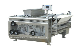 Rotary Moulder pictures & photos