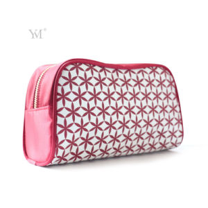 2017 New Promotional Best Price Red Cosmetic Bag pictures & photos