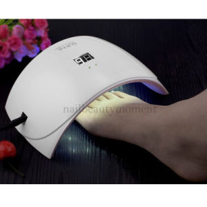 Manicure & Pedicure UV LED Lamp Curing Gel Beauty Machine (L005) pictures & photos