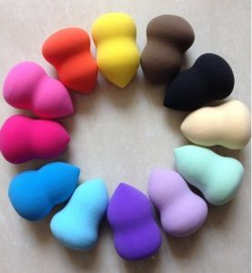 Cosmetic Sponge, Makeup Sponge, Face Use Sponge Powder Cosmetic Puff pictures & photos