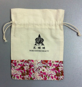 Wholesale Plain Standard Size Promotional Organic Muslin Cotton Drawstring Bag pictures & photos