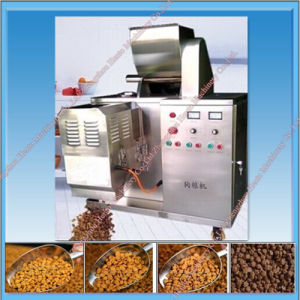 2017 Cheapest Automatic Dog Food Making Machine pictures & photos