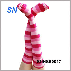Women′s Long Striped Toe Socks pictures & photos