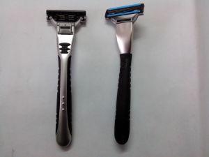 Three Blade Razor A483 - 3 Blade Shaving