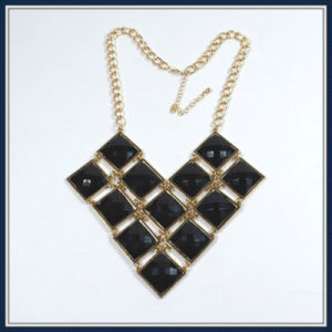 New Item Black Resin Fashion Necklace
