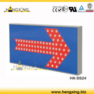 Ss24 Traffic Safety Sign LED Arrow Sign Reflective Traffic Sign Board