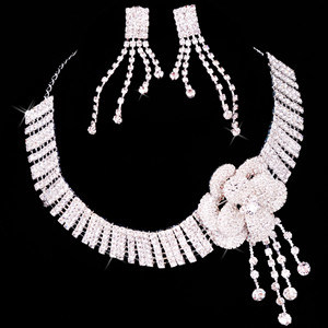 Wedding/Bridal Crystal Necklace Wedding Bridal Jewelry Zsv012