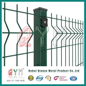 PVC Coated Welded Wire Mesh Fence /Metal Fence Panel pictures & photos