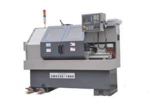 High Quality Electric Metal CNC Cente Lathe pictures & photos