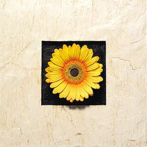 Resin Yellow&Orange Gerbera Flowers Wall-Mounted Decoration for Home Decoration or Hotel Decoration