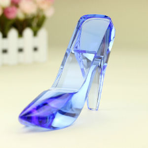 Elegant Crystal Glass Shoes Craft for Wedding Gift pictures & photos