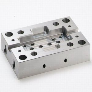 Milling Machined Parts and Turned Parts for Universal Milling (LM-317) pictures & photos