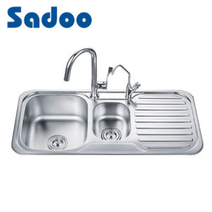1.5 Bowl Kitchen Stainless Steel Sink W/ Integral Drainboard SD-10048 pictures & photos
