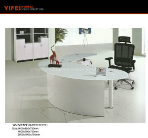 2017 Middle East Modern Style 1.6m Glass Computer Office Table Furniture