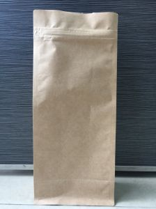 Kraft Paper with Pull Tap Zipper Flat Bottom Quad Bag for Coffee pictures & photos