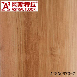 High Quality 8mm&12mm Laminated Flooring with Popular Colors pictures & photos