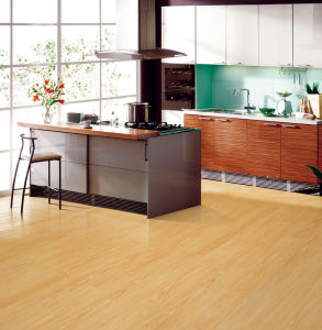 Mirror Surface HDF Laminated Floor AC4 E0 pictures & photos