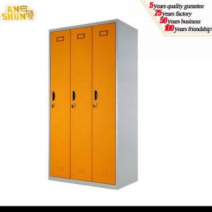High Quality China Manufacture Supplier 3 Door Metal Wardrobe Cabinet Locker Bedroom Design pictures & photos