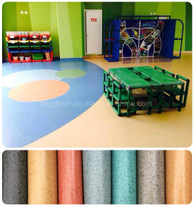 China Fashion Waterproof and environmental Friendly Solid PVC Floor pictures & photos