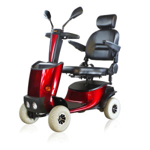 Buggie Solax MID-Sized Mobility Scooter with Tiller Angle Ajusting System pictures & photos